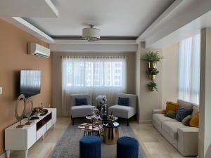 Apartamento En Alquileren Distrito Nacional, Naco, Republica Dominicana, DO RAH: 21-3125