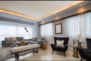 Apartamento En Ventaen Distrito Nacional, Piantini, Republica Dominicana, DO RAH: 21-3126