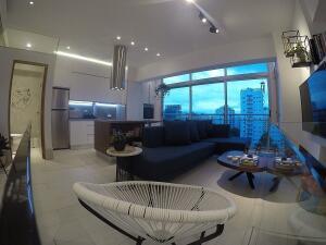 Apartamento En Alquileren Distrito Nacional, Piantini, Republica Dominicana, DO RAH: 21-3162