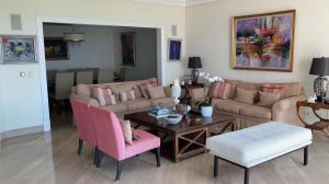 Apartamento En Ventaen Distrito Nacional, Los Cacicazgos, Republica Dominicana, DO RAH: 21-3182