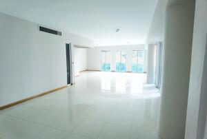Apartamento En Ventaen Distrito Nacional, Paraiso, Republica Dominicana, DO RAH: 21-3192