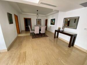 Apartamento En Alquileren Distrito Nacional, Bella Vista, Republica Dominicana, DO RAH: 21-3196
