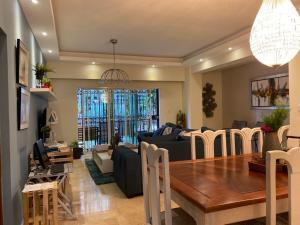 Apartamento En Ventaen Distrito Nacional, Bella Vista, Republica Dominicana, DO RAH: 21-3222