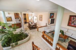 Casa En Ventaen Santo Domingo Oeste, Alameda, Republica Dominicana, DO RAH: 21-3286