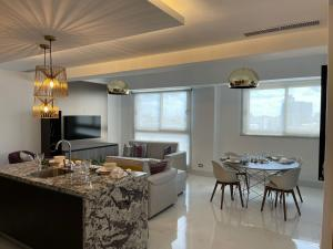 Apartamento En Alquileren Distrito Nacional, Piantini, Republica Dominicana, DO RAH: 21-3342