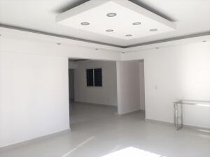Apartamento En Alquileren Distrito Nacional, Evaristo Morales, Republica Dominicana, DO RAH: 21-3356