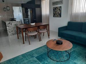 Apartamento En Alquileren Distrito Nacional, Piantini, Republica Dominicana, DO RAH: 22-1
