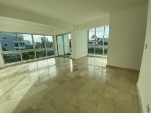 Apartamento En Alquileren Distrito Nacional, Mirador Sur, Republica Dominicana, DO RAH: 22-4