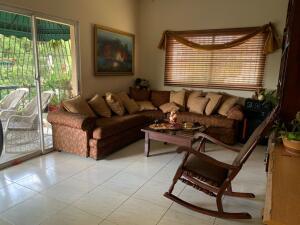 Apartamento En Ventaen Distrito Nacional, Gazcue, Republica Dominicana, DO RAH: 22-20