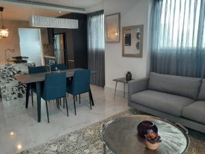 Apartamento En Alquileren Distrito Nacional, Piantini, Republica Dominicana, DO RAH: 22-2