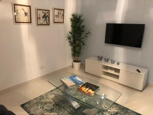 Apartamento En Alquileren Distrito Nacional, Bella Vista, Republica Dominicana, DO RAH: 22-32