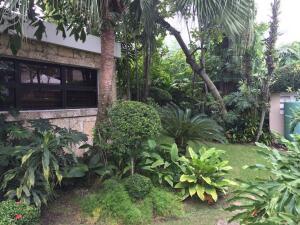 Casa En Ventaen Distrito Nacional, Los Cacicazgos, Republica Dominicana, DO RAH: 22-103