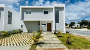 Casa En Ventaen Punta Cana, Punta Cana, Republica Dominicana, DO RAH: 22-265