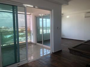 Apartamento En Ventaen Distrito Nacional, Renacimiento, Republica Dominicana, DO RAH: 22-347