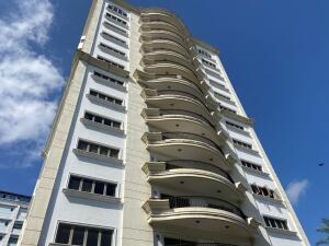 Apartamento En Ventaen Santiago, Santiago De Los Caballeros, Republica Dominicana, DO RAH: 22-429
