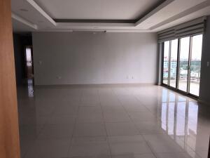 Apartamento En Ventaen Distrito Nacional, Bella Vista, Republica Dominicana, DO RAH: 22-482