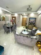 Apartamento En Alquileren Distrito Nacional, El Vergel, Republica Dominicana, DO RAH: 22-554