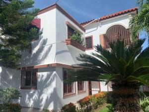Casa En Ventaen Santo Domingo Este, Los Mameyes, Republica Dominicana, DO RAH: 22-560