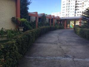 Casa En Alquileren Distrito Nacional, La Esperilla, Republica Dominicana, DO RAH: 22-577