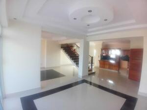 Apartamento En Ventaen Santo Domingo Este, Vista Hermosa, Republica Dominicana, DO RAH: 22-590