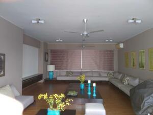 Apartamento En Alquileren Distrito Nacional, Piantini, Republica Dominicana, DO RAH: 22-650