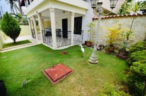 Casa En Alquileren Distrito Nacional, El Millon, Republica Dominicana, DO RAH: 22-675