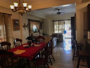 Apartamento En Ventaen Distrito Nacional, Bella Vista, Republica Dominicana, DO RAH: 22-695