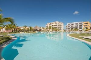 Apartamento En Alquileren Punta Cana, Cap Cana, Republica Dominicana, DO RAH: 22-706