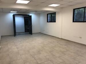Oficina En Alquileren Distrito Nacional, La Esperilla, Republica Dominicana, DO RAH: 22-664