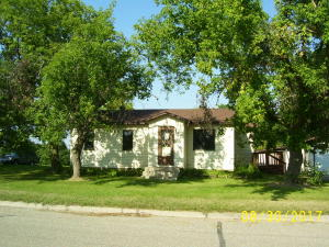 804 WEST MAIN Ave., Frazee, MN 56544