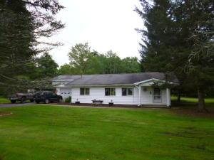 3060 MOUNT DANIELS RD, BROCKPORT, PA 15823