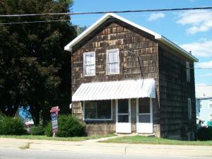 117 Indiana ST, Punxsutawney, PA 15767
