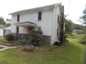 1065 JACKSON ST, Reynoldsville, PA 15851