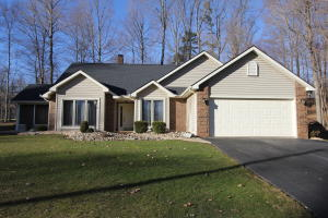182 PIECE AND PLENTY CT, Dubois, PA 15801