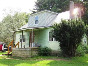 203 MOUNTAIN RUN RD, Dubois, PA 15801