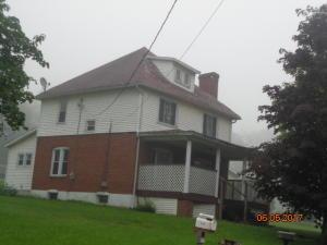 346 E MAIN ST, Mahaffey, PA 15757
