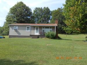 172 WONDERLING RD, Summerville, PA 15864
