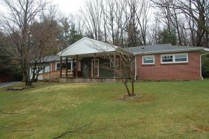 106 WINDY KNOLL RD, Brookville, PA 15825