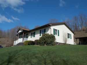 346 LONDON ST, Sykesville, PA 15865