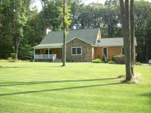 100 GALLOWAY RD, Dubois, PA 15801