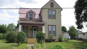 9 N. 1ST STREET, Reynoldsville, PA 15851