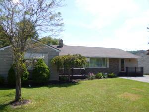 182 SHAWMUT RD, Brockport, PA 15823
