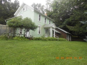 438 WHISKEY RUN RD, Mahaffey, PA 15757