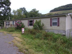 2086 RIVER RD, Weedville, PA 15868