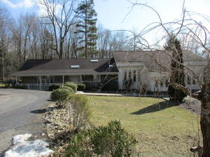 57 HENRY RD, Rossiter, PA 15772