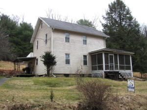 1468 CEMETERY RD, Cooksburg, PA 16217