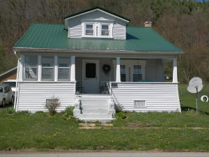 5097 HAMILTON PORTER RD, Hamilton, PA 15744