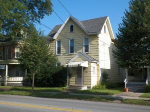 408 W MAHONING ST, Punxsutawney, PA 15767