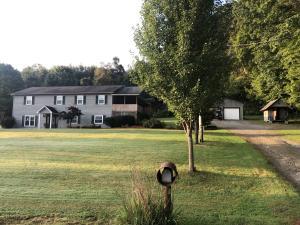 1802 ROBERTSVILLE RD, Punxsutawney, PA 15767