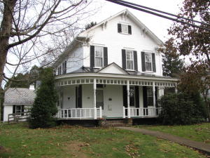 68 WALNUT ST, Brookville, PA 15825